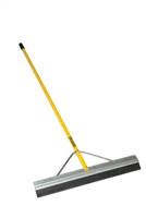 "Midwest Rake® S550 Professional™ 24"" Seal Coat Squeegee 76831"